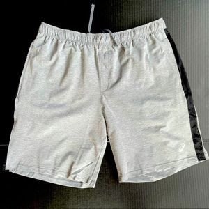 Oasis athletic short for men size XL brand new
